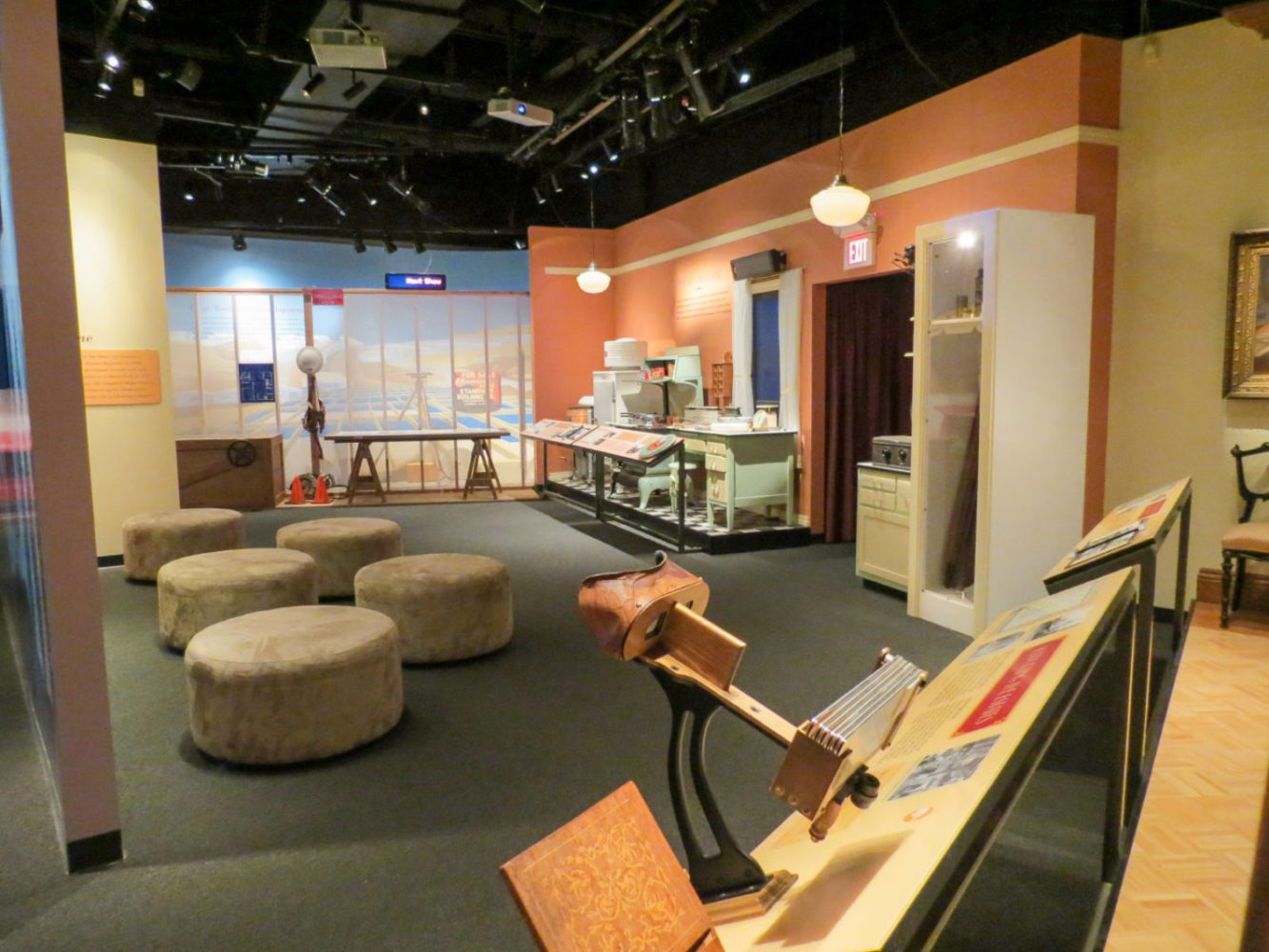 Living the California Dream exhibit at the San Mateo County History Museum